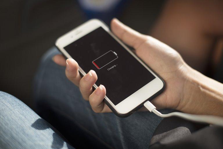 ساخت نوعی باتری با سرعت شارژ ۱۰ برابر
